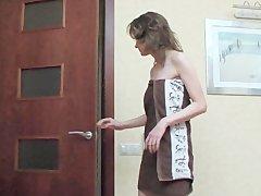 Порно Девушка Одевает Нижнее Белье